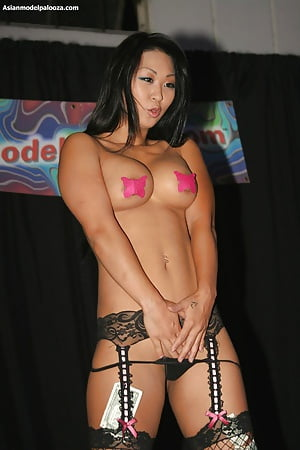 v palooza Asian model