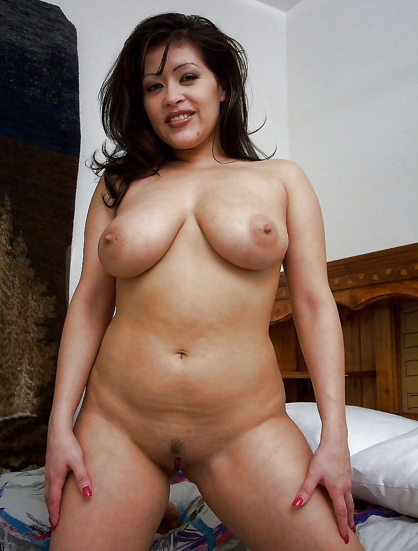 Chubby Nude Latina