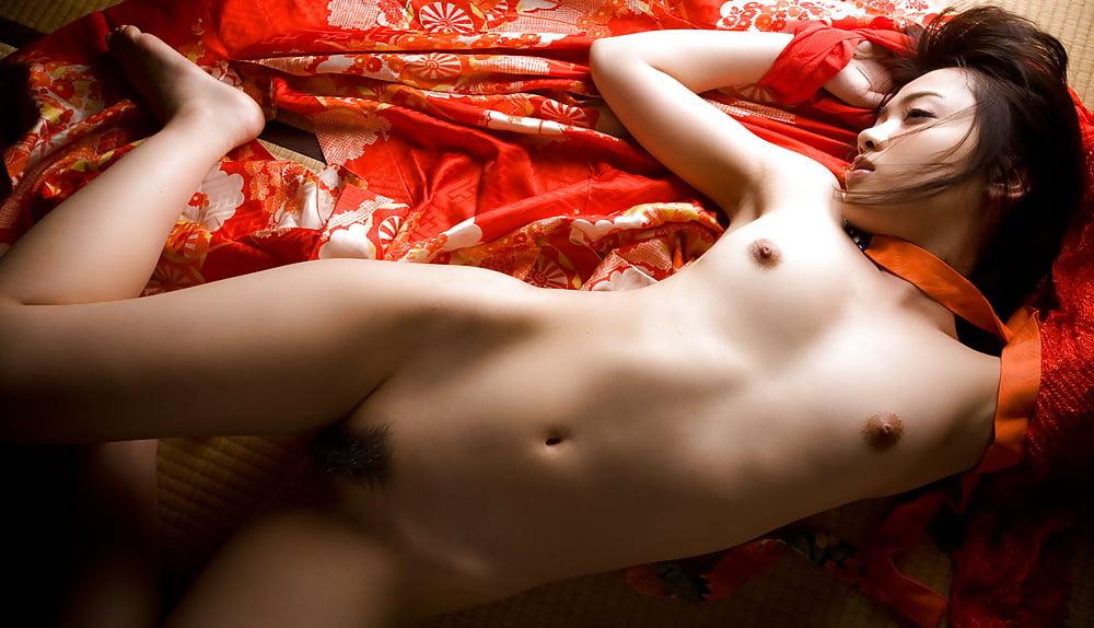 Beautiful geisha ohashi miku strips naked