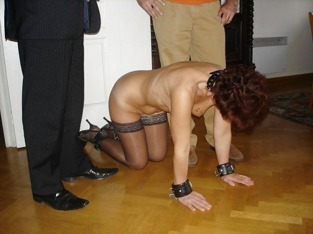 nude-the-naked-slave-wives-painful-bondage