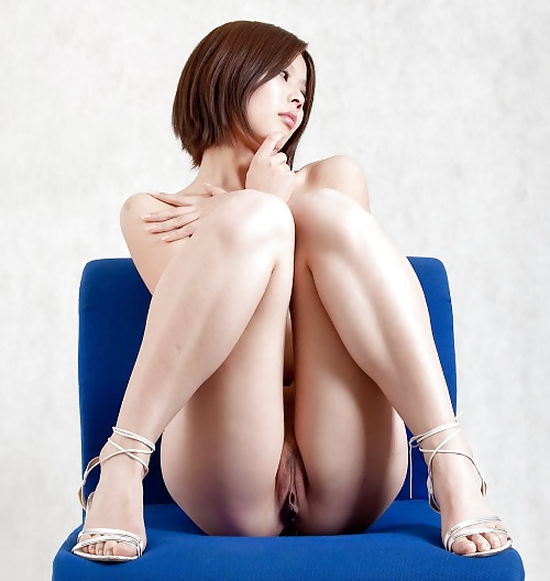Sexy naked japanese legs, man genital shaved