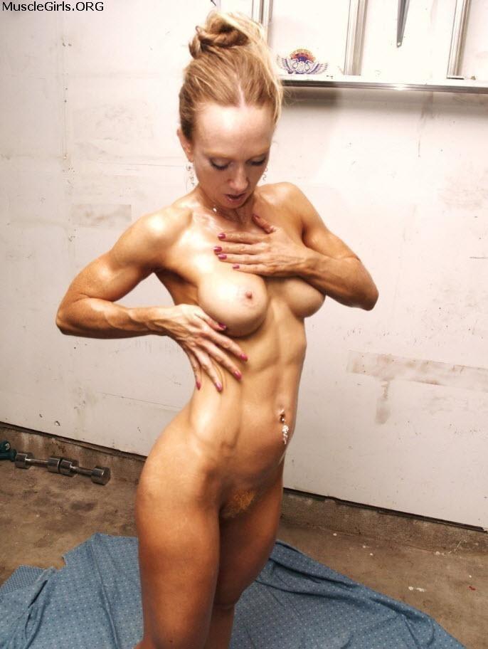 Kulkarni skinny muscle nude