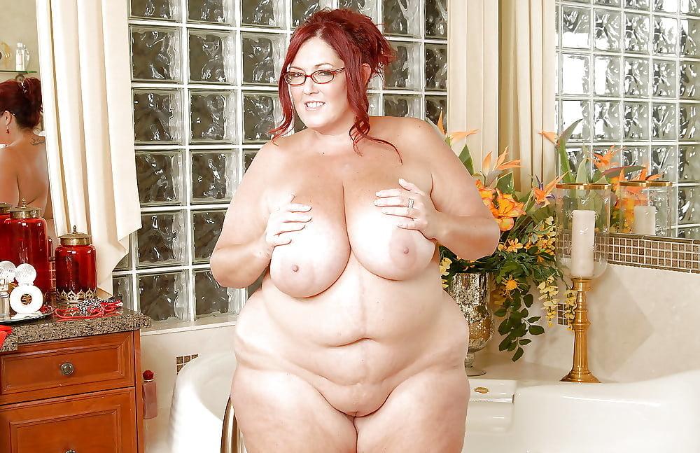 Сперме фото толстая девка голые
