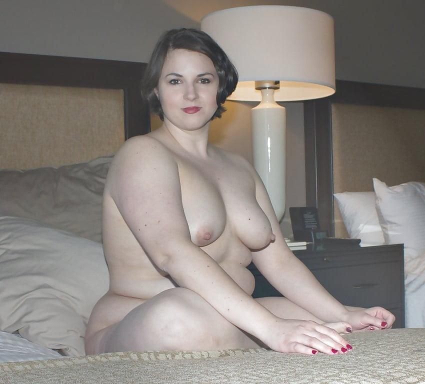 Домашнее эротическое фото пышных девушек