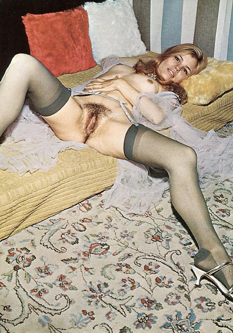 minet-golie-retro-pyanie-za-dengi-porno-roliki-trans
