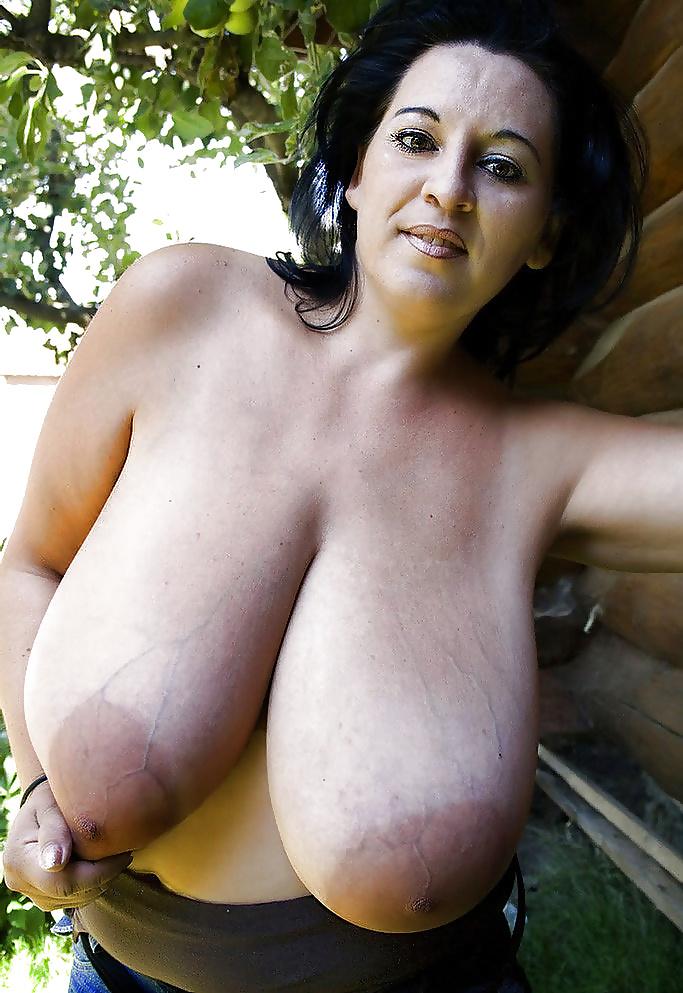 Huge boobs porn pics