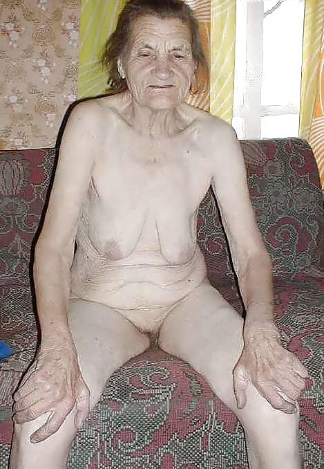 Very old naked grannies posing