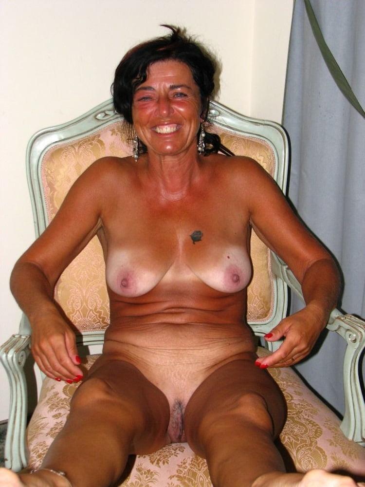 Mature nude tan lines-5089