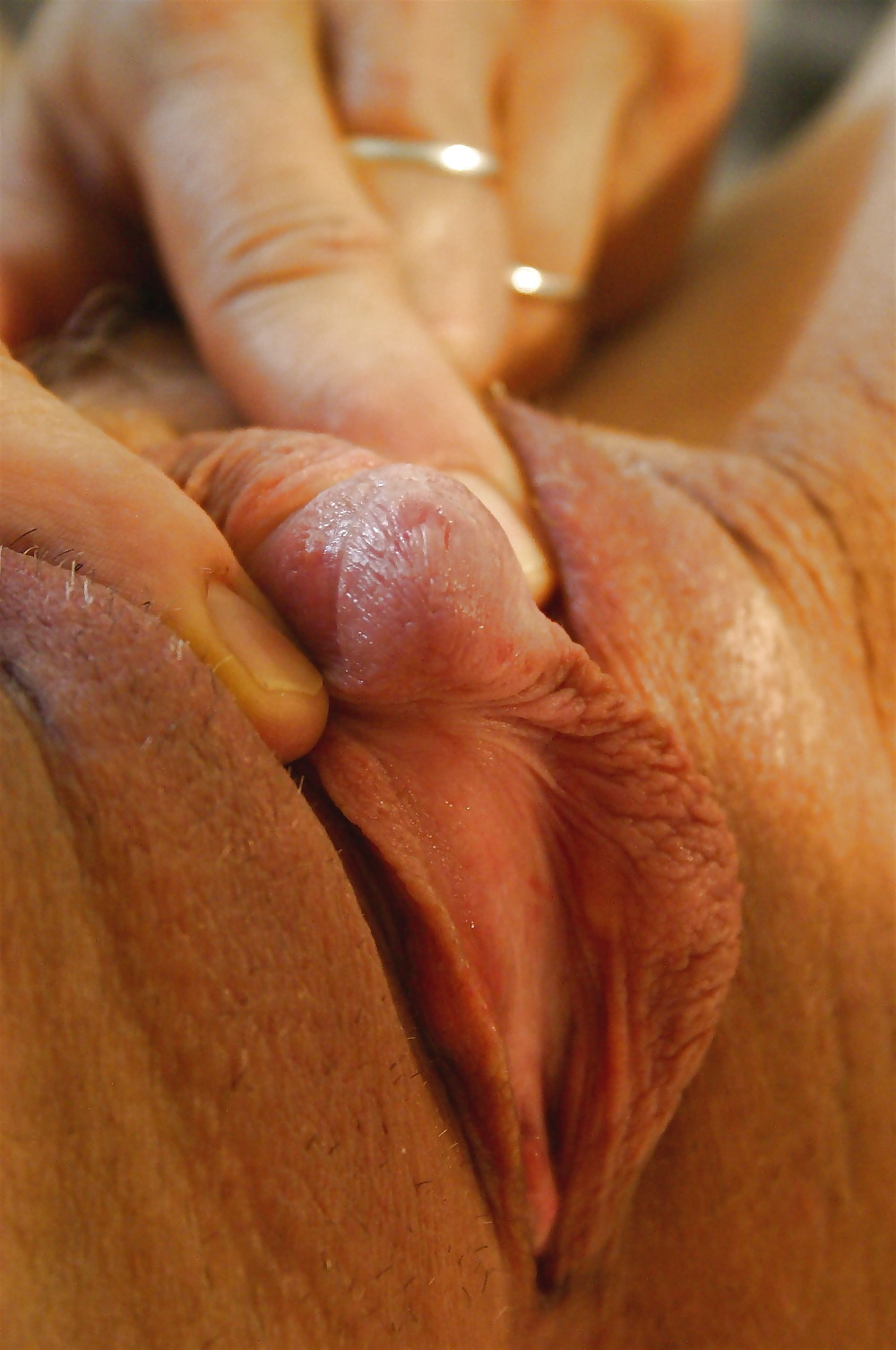 twin-clitoris-white-cock