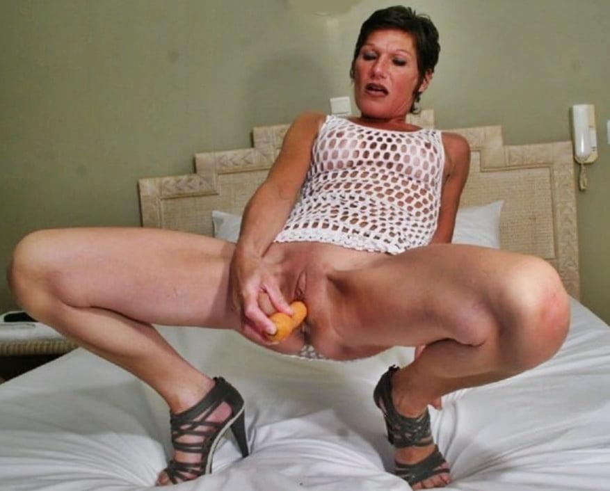 Moms and Wives Exposed Masturbating 3 - 50 Pics