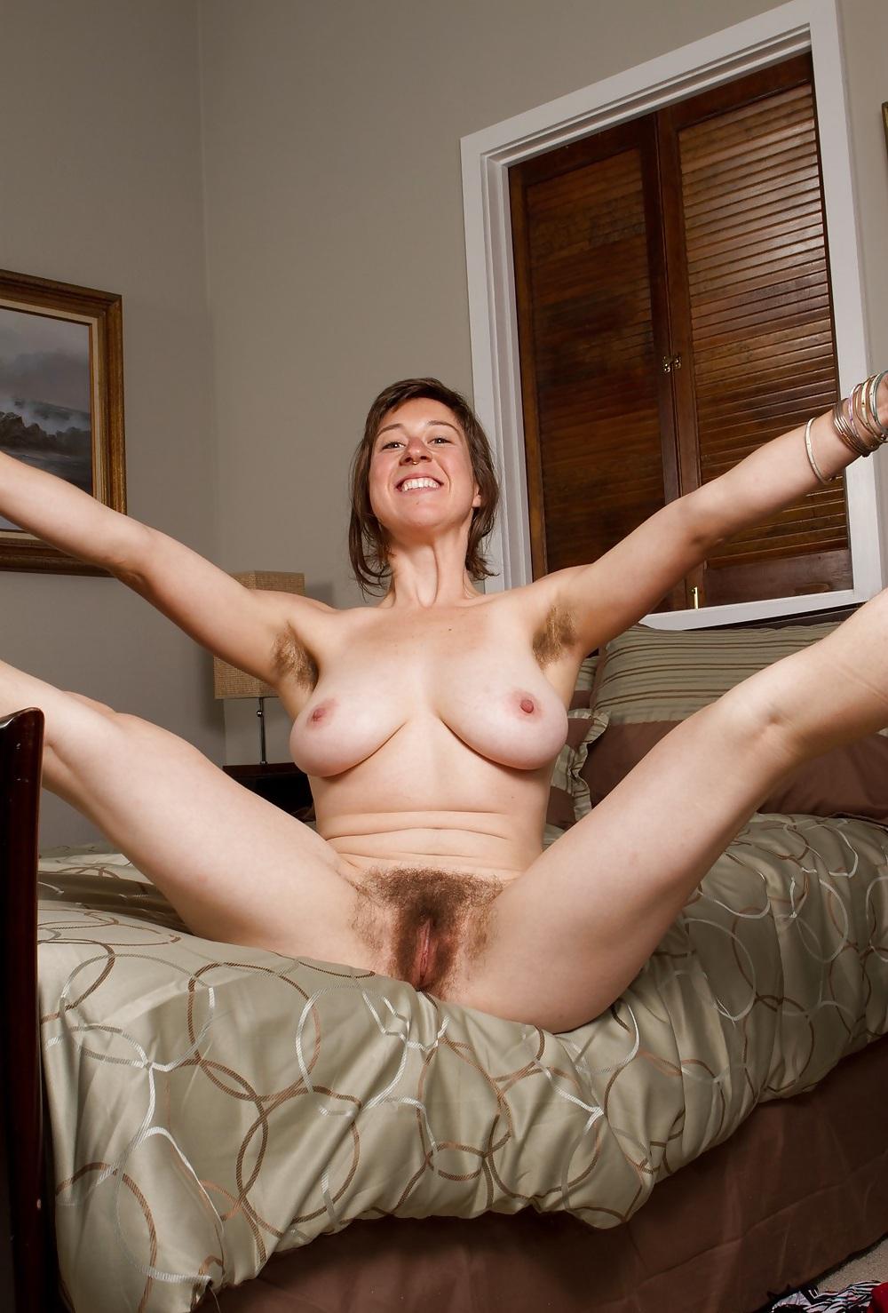 Malgache naked mature hairy pussy — photo 14