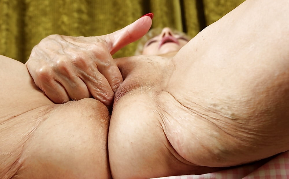 старые пизды мастурбация видео