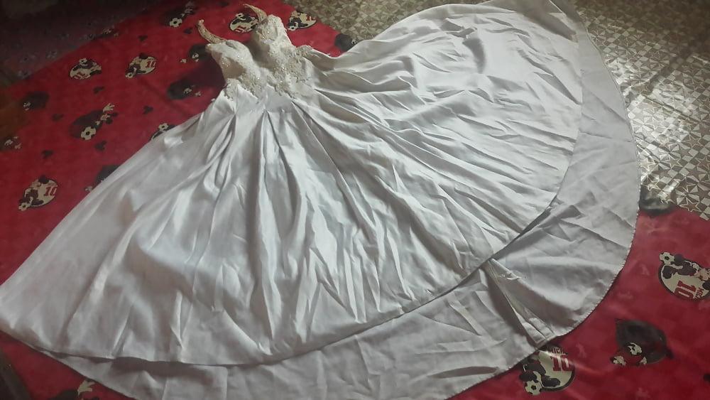 Huge tits wedding dress-6807