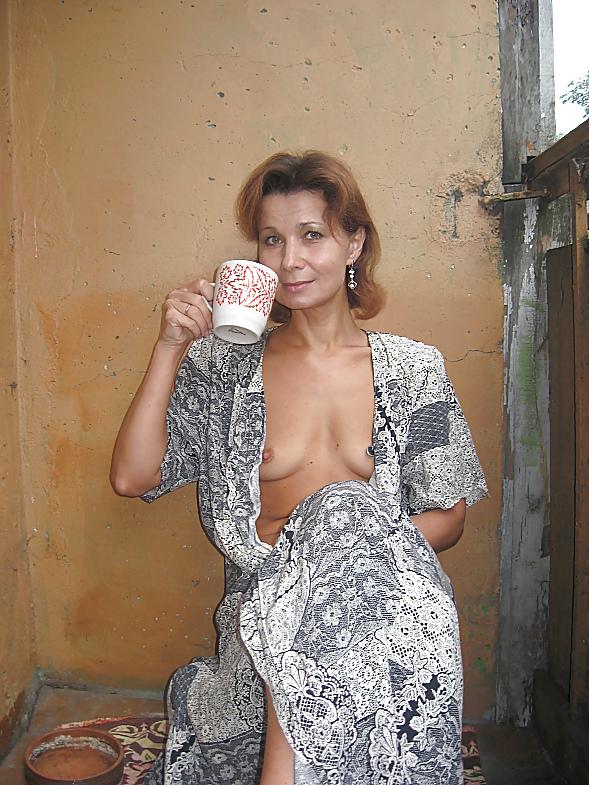 эротика старая женщина халатик - 2