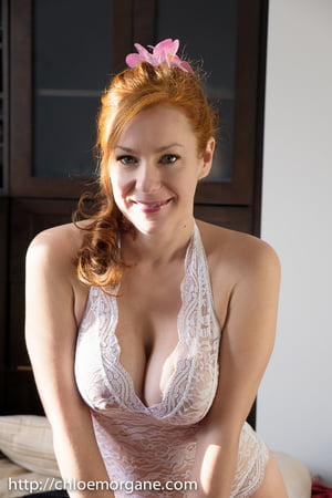Chloe Morgan  nackt