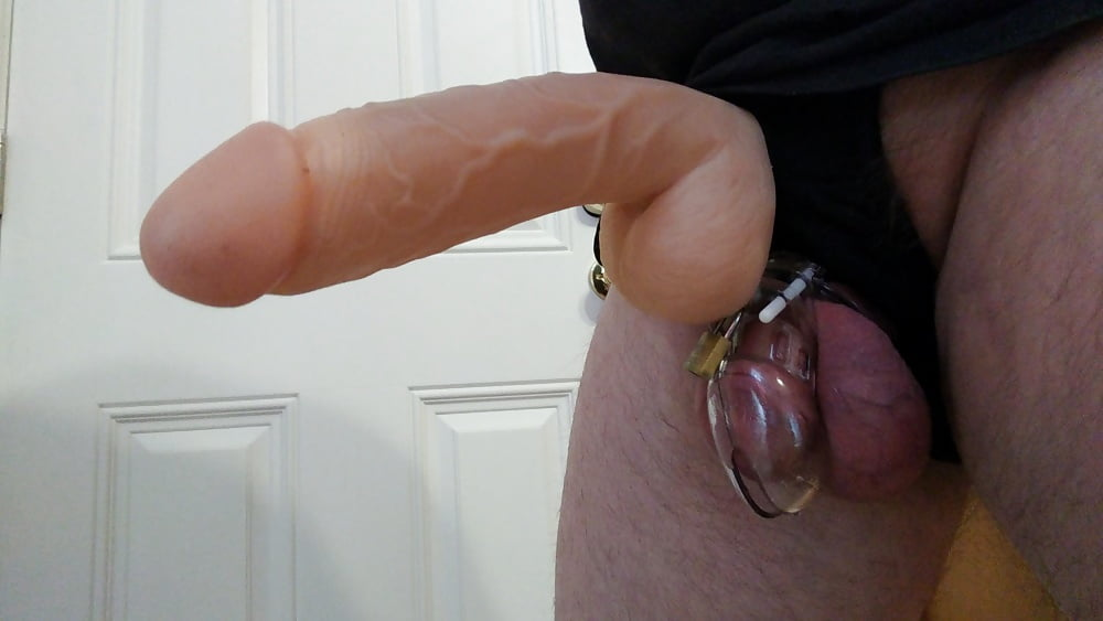 Two matures fuck one guy