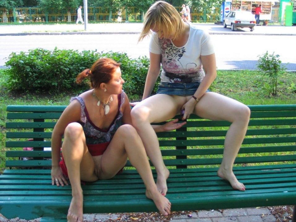 Horny lesbian scissoring