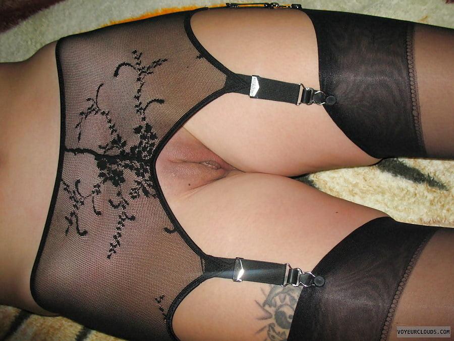 жена в поясе для чулок порно сайте отобраны лучшие