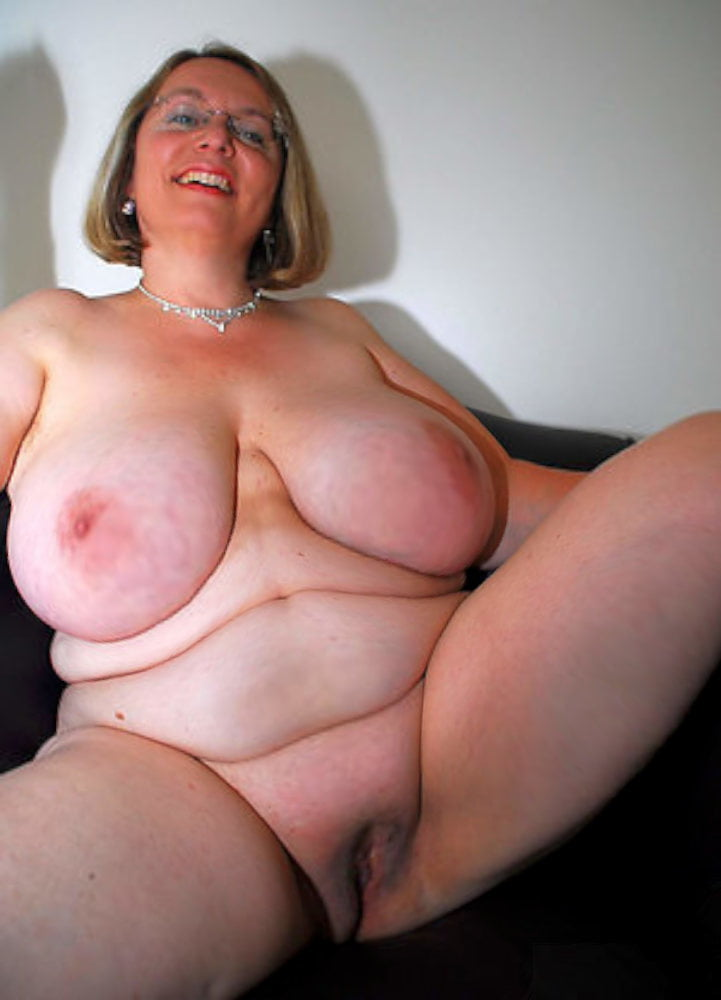 Free Nude Chubby Women Older Women Adult Pics