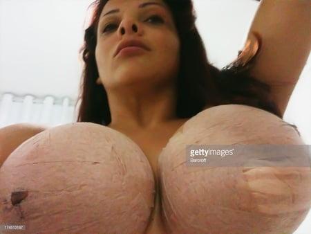 I love huge boobs