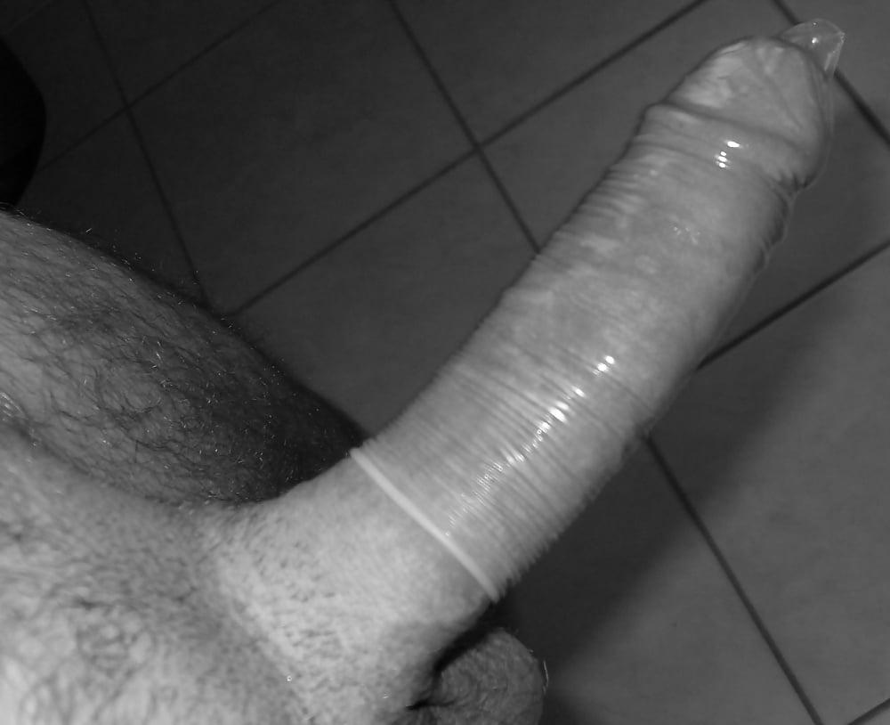 Хуй в гондоне, Секс в презервативе. Самых популярных роликов 25 фотография