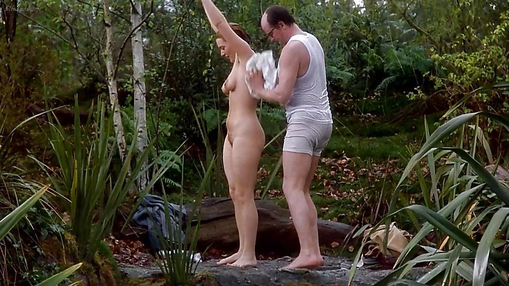 Zoe kazan revolutionary road revolutionary road celebrity posing hot nude topless