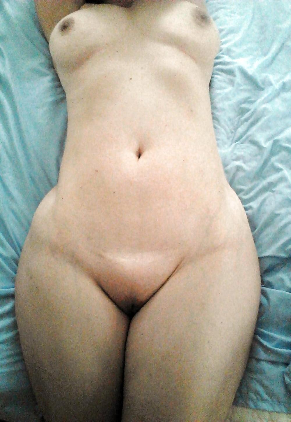 wide hips thin waist pics