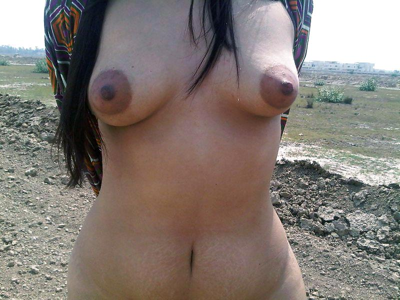 Naked Kurdish Girl