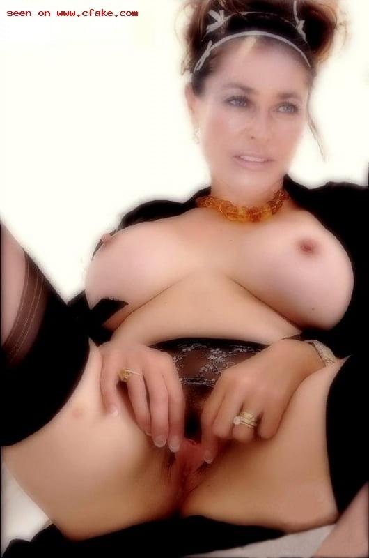 hulya-avsar-porn-picture