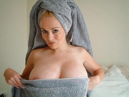 kamilla towel blonde Busty