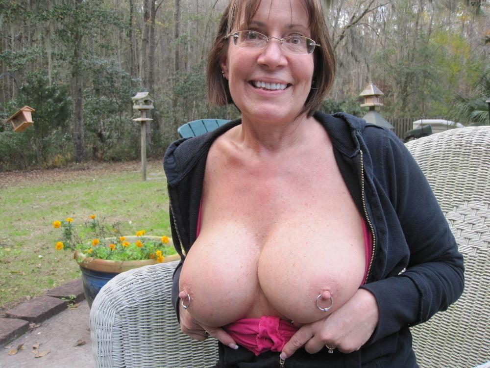 amateur wife lingerie pics