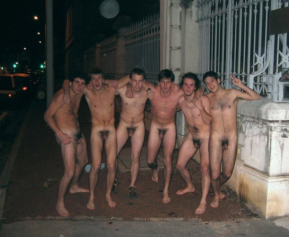 naked-groups-of-boys