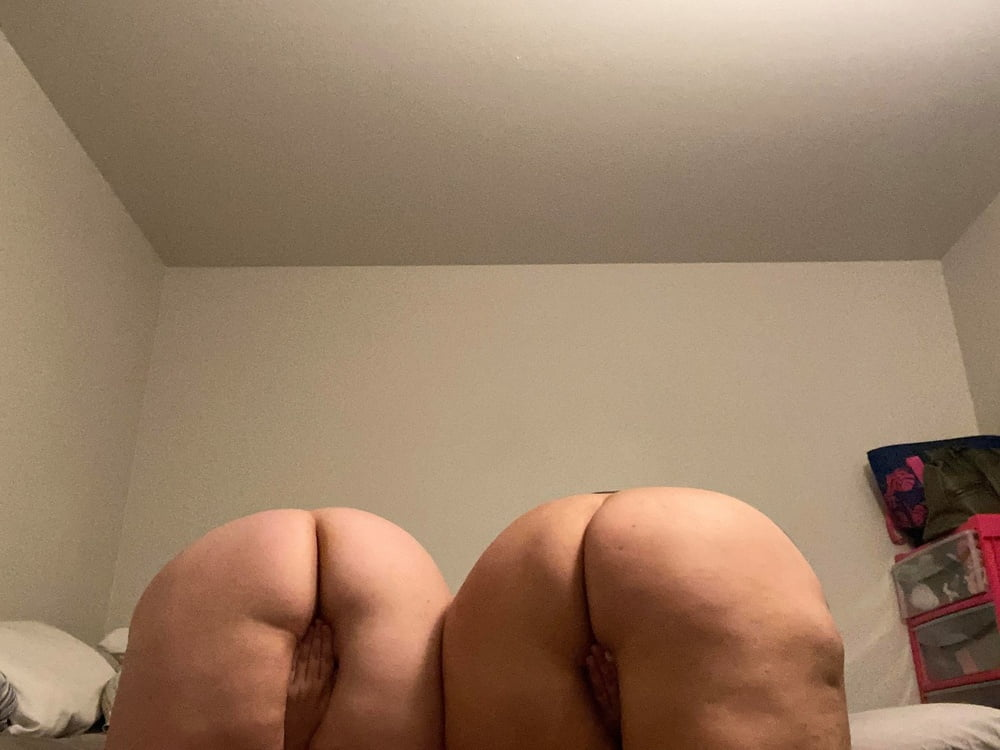 Momma & Dau-ghter Fat Whooties - 11 Pics