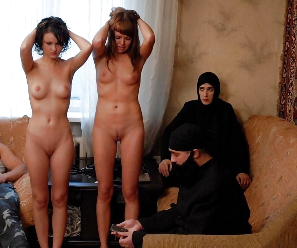 naked-women-forced-injection