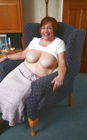 Pics ladies british village UK Women