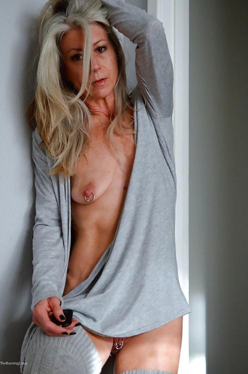 Gray hair old women nude