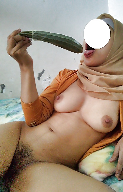Tudung wife nude, cum driping hairy pussy up skirt