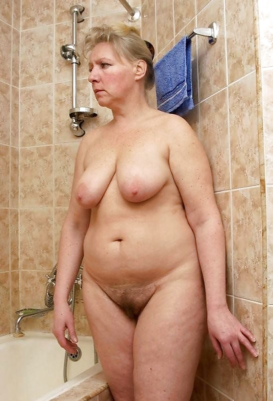 Amateur grandma sexy shower pic first