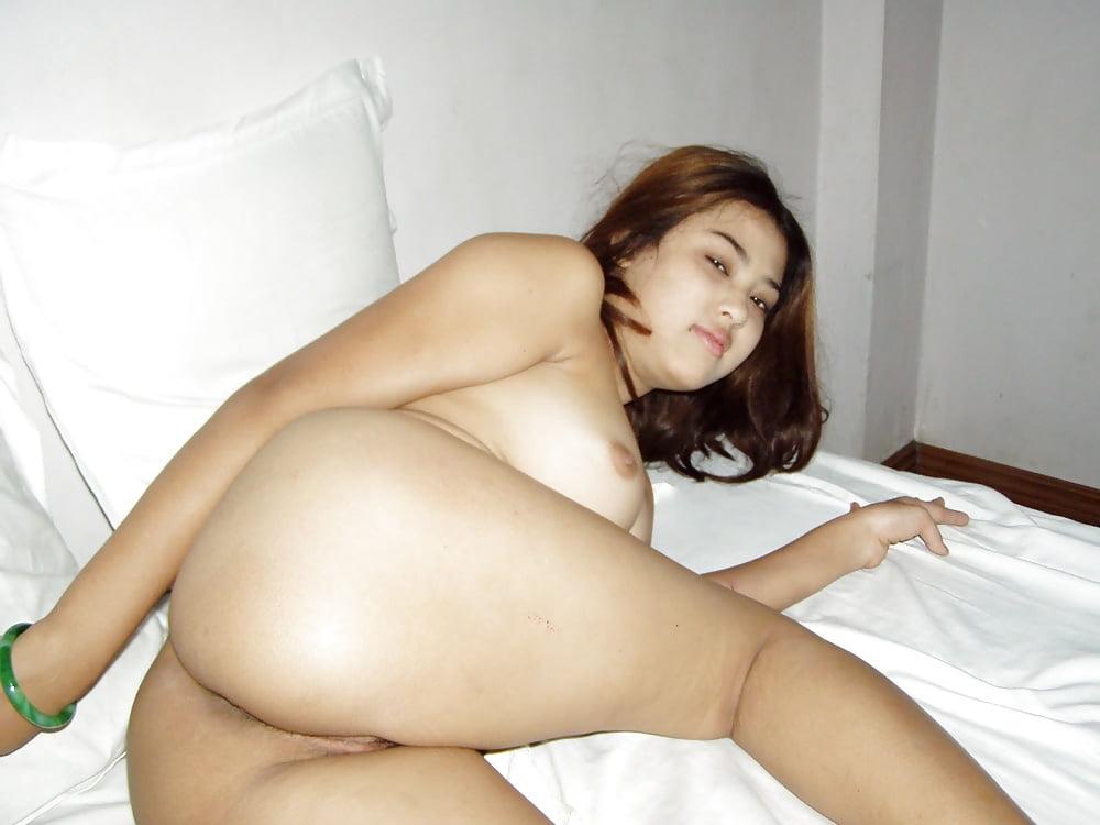 Myanmar girls nude photo