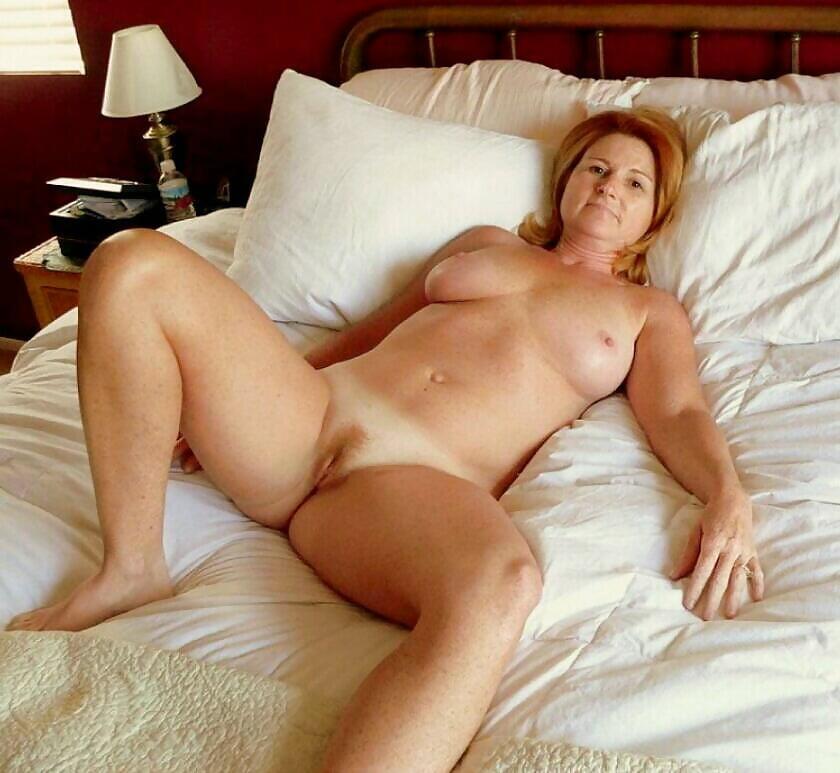 Nude waifs, sexy blonde masturebating