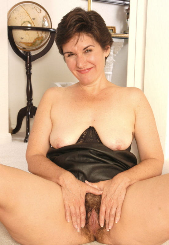 atk-mature-hairy-leslie-videos