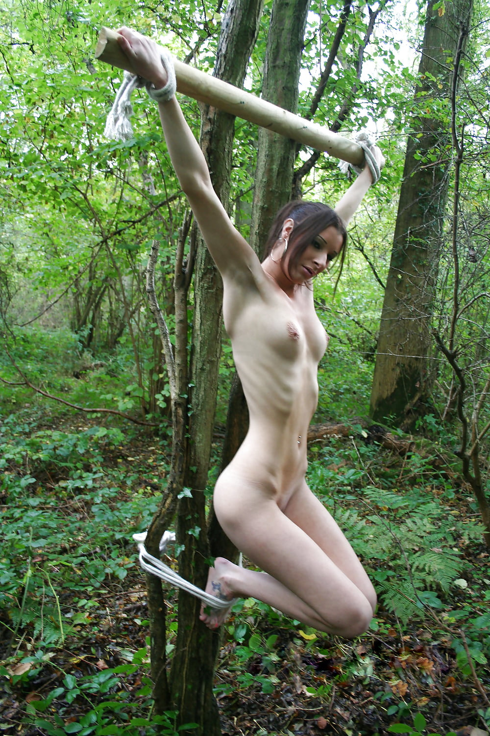 Tied Naked To A Tree - 15 Imgs - Xhamstercom-4620
