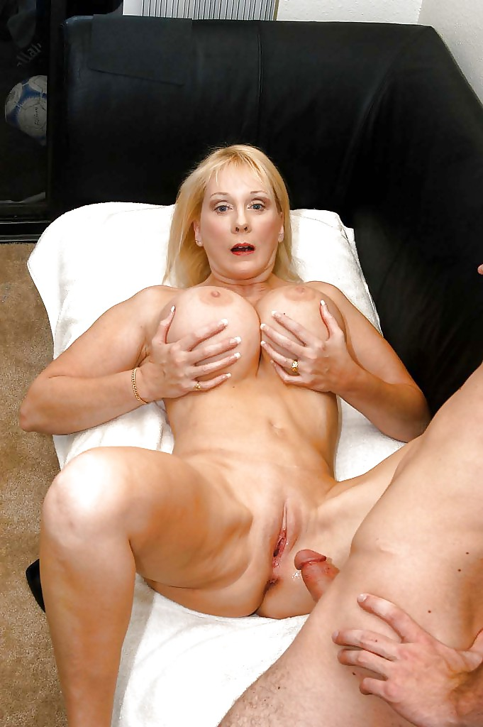 Free xxx mom milf porn clips, cougar sex galery, nude mature pussy