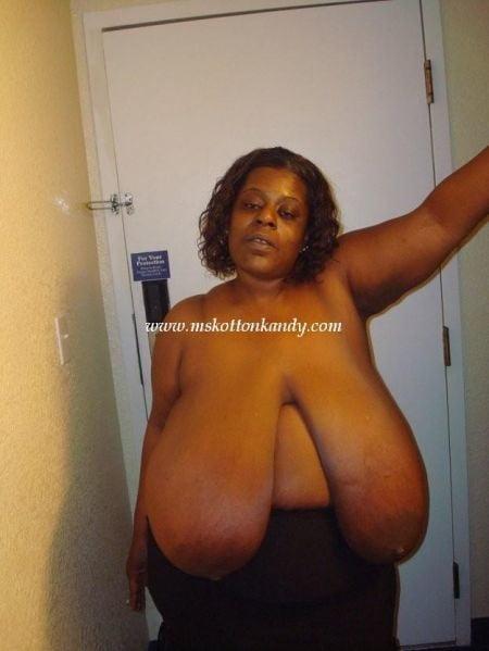 Black Ebony BBW women with huge hangers - 121 Pics