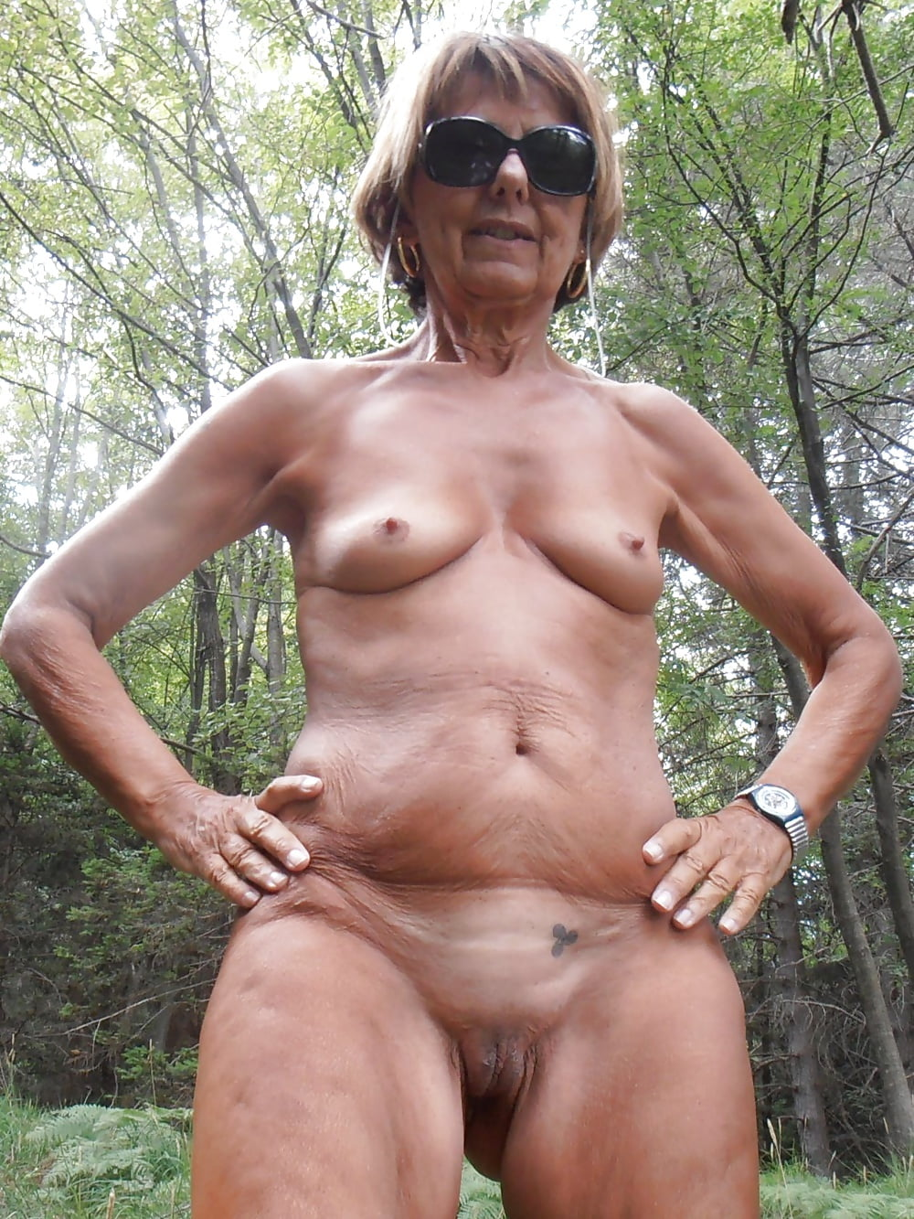 free-pictures-of-naked-sexy-grannys