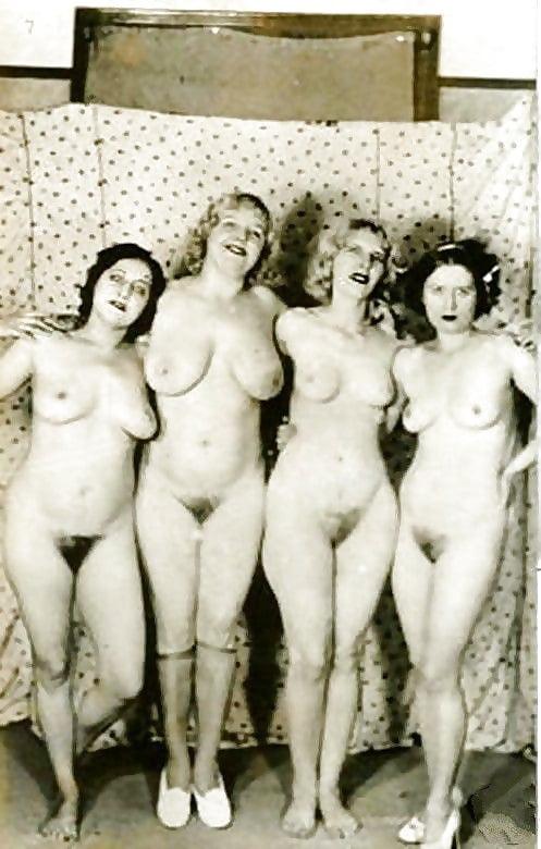 nicki minaj hot slut naked