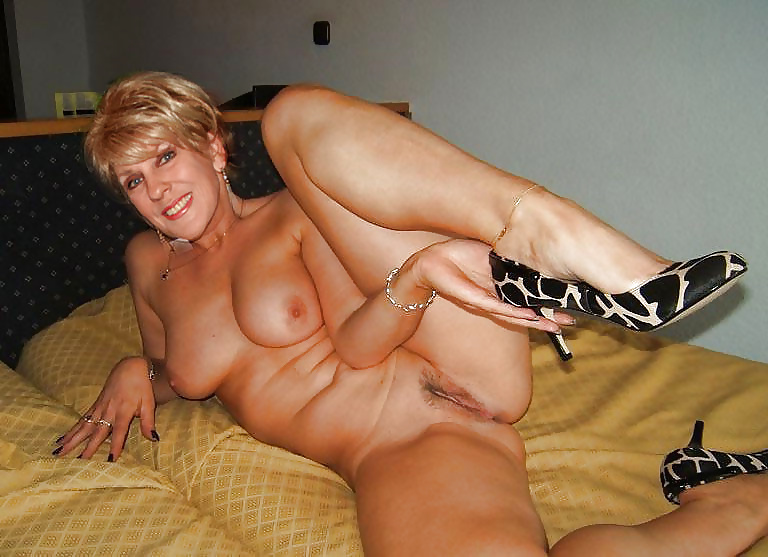 Hot Moms Pussy