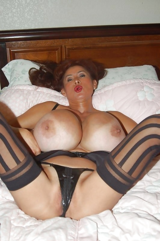 Minka huge tits-4002