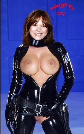 Tits Valeri Bertonelli Nude Photos Scenes