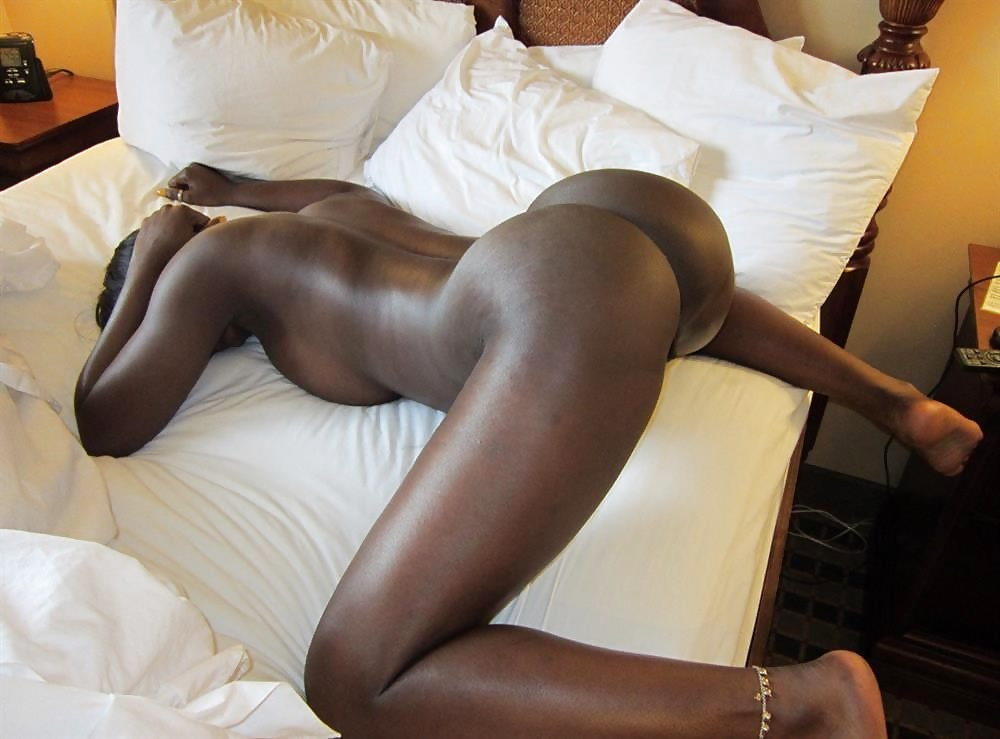 ebony-sexy-legs-nude-oral-big-bbw-boob